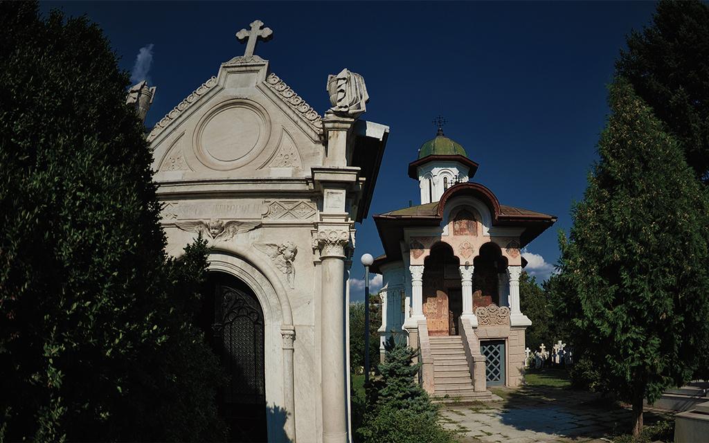 cappelle di famiglia al cimitero Monumentale di Milano
