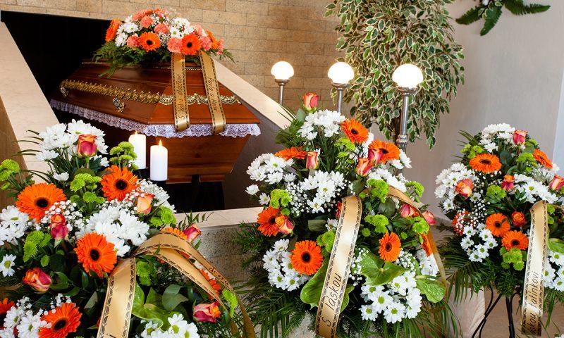 Quanto costa una corona di fiori per un funerale