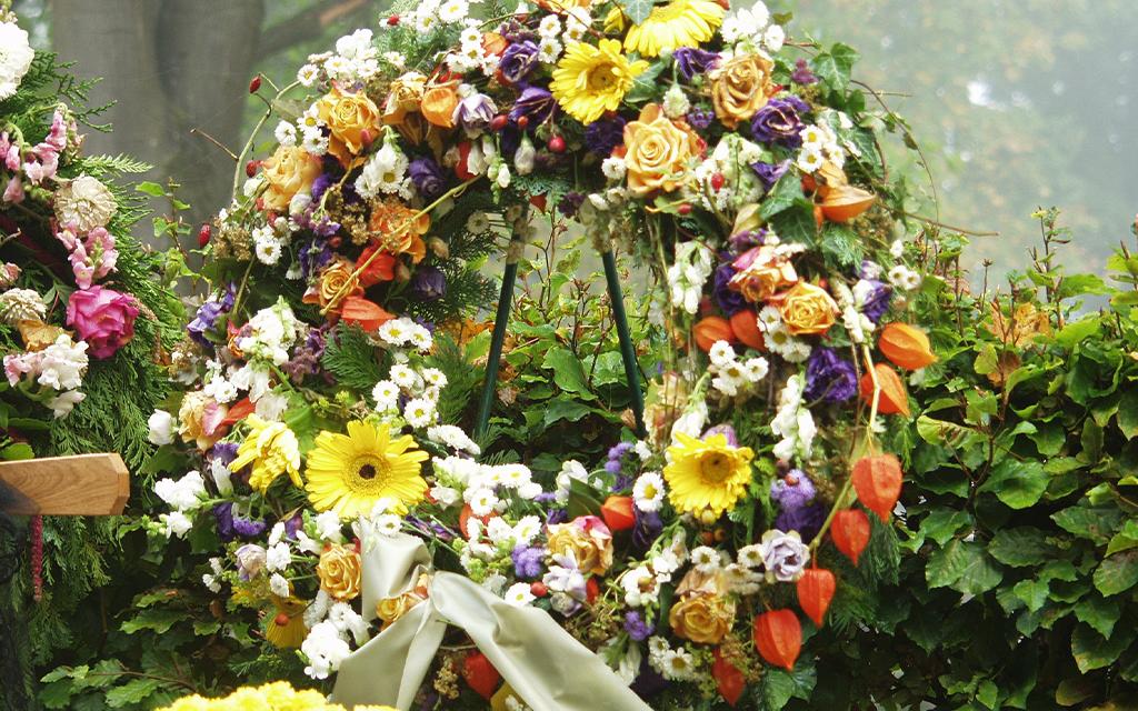 corona funebre rotonda